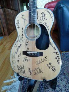 raffle guitar 1